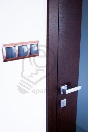 Kontakt Simon 54 Premium Měď Rámeček 1-násobný univerzální IP20/IP44, DR1/36