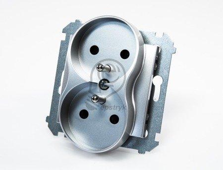 Kontakt Simon 54 Premium Stříbrná Zásuvka dvojitá s uzemněním s clonou šroubové koncovky, DGZ2MZ.01/43